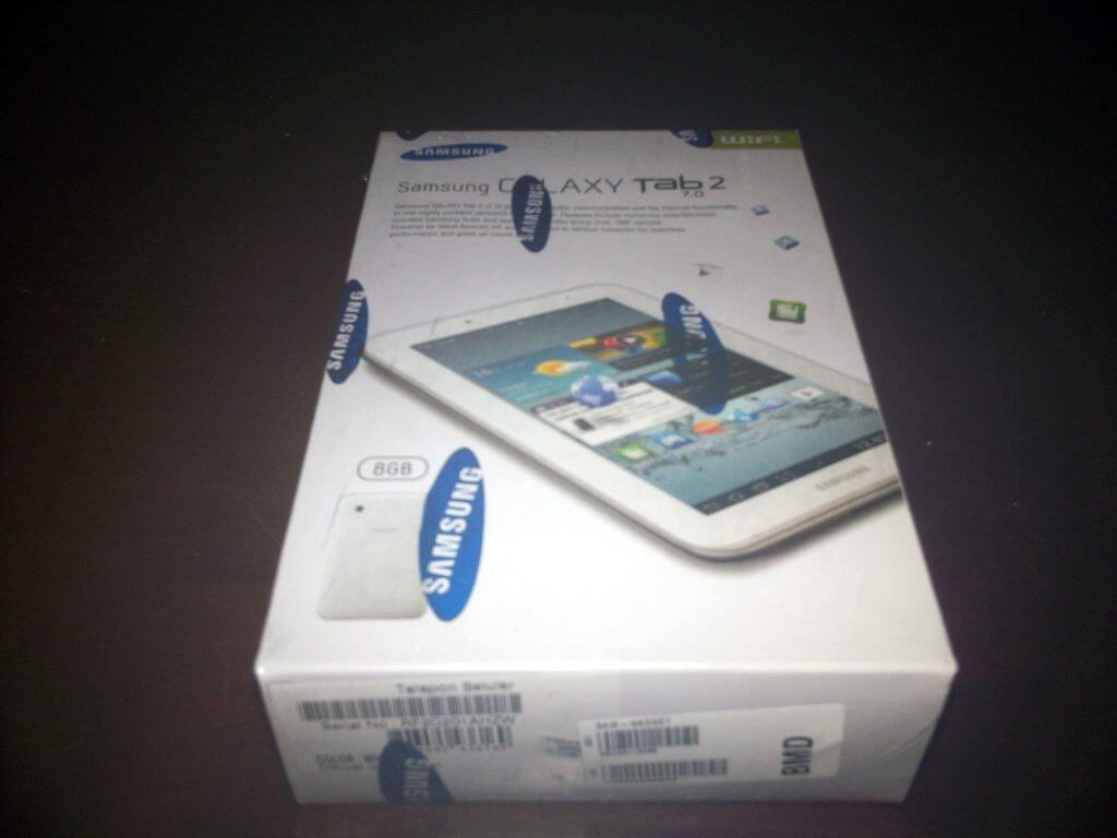 Boks kemasan Samsung Galaxy Tab 2 7.0 Wifi-only (GT-P3110) pembelian dari Bhinneka.com