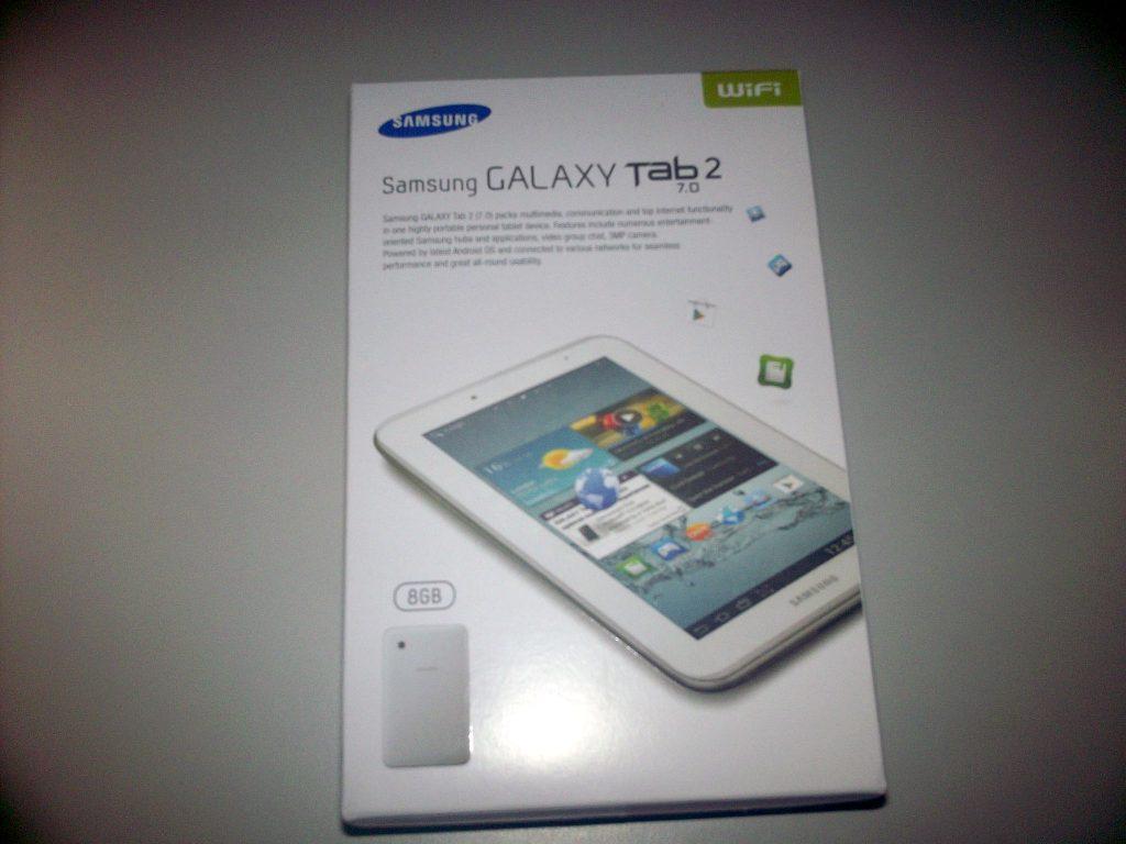 Boks kemasan Samsung Galaxy Tab 2 7.0 Wifi-only (GT-P3110) plastik dibuka