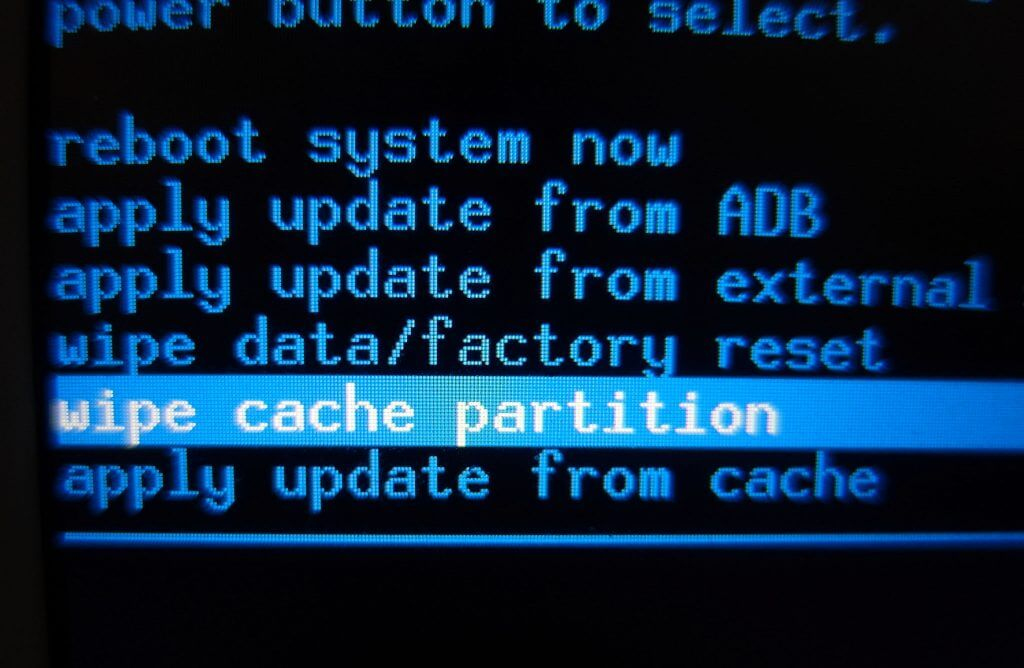 "Menu ""Wipe cache partition"" pada mode recovery Samsung Galaxy Tab 2"