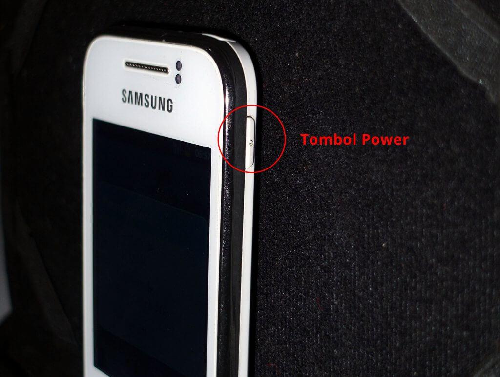 "Tombol ""power"" pada Samsung Galaxy Young CDMA (GT-i509)"